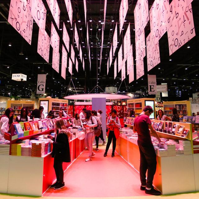 La RTS  à la rencontre des Romands au Salon du livre de Genève
