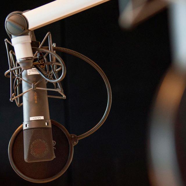 "La SSR signe un nouvel accord de coopération avec la radio privée ""Radio4TNG"""