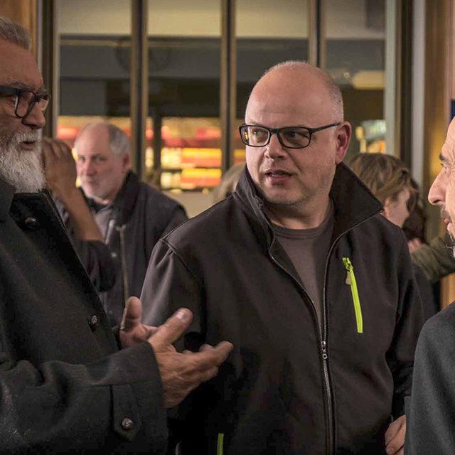 Le cinéaste Denis Rabaglia en dialogue avec les membres de la SRT Valais